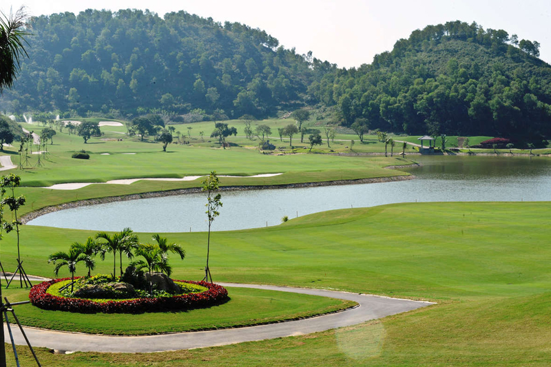 Mong Cai Golf Resort